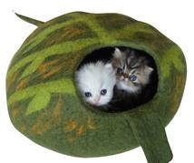 green leaf cat caves